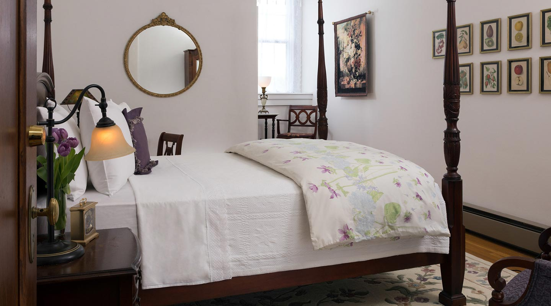 Pennsylvania B&B - Lavender Room