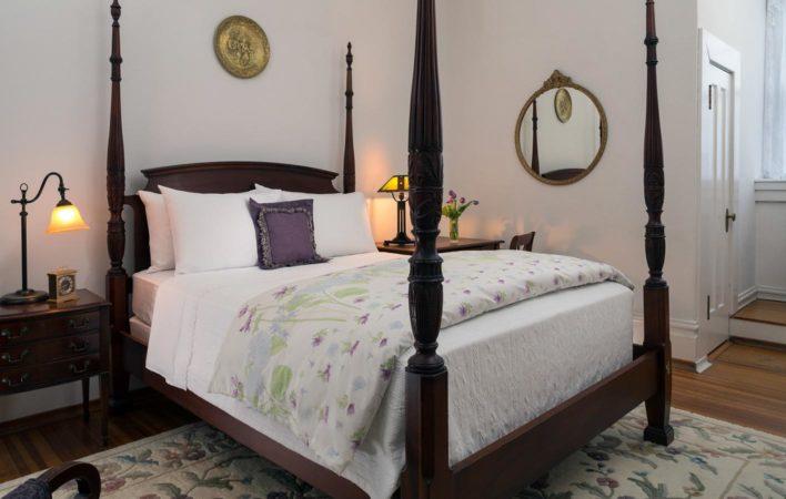 The bedroom in Lavender Room at the Mercersburg Inn