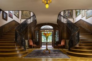The Foyer and staircases at the Mercersburg Inn