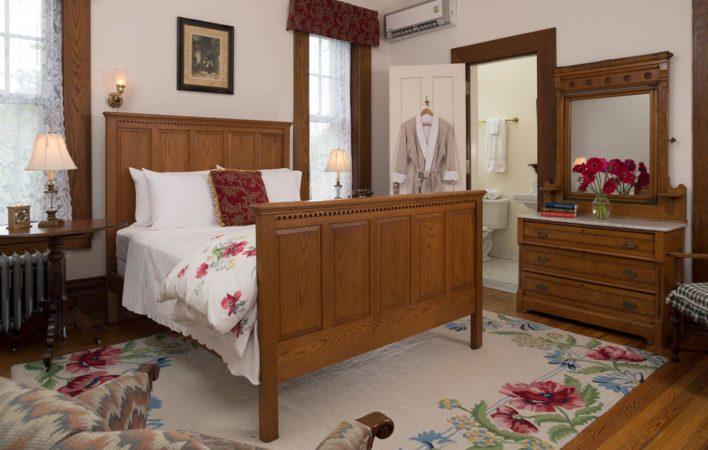 The bedroom in Nanny's Room at the Mercersburg Inn