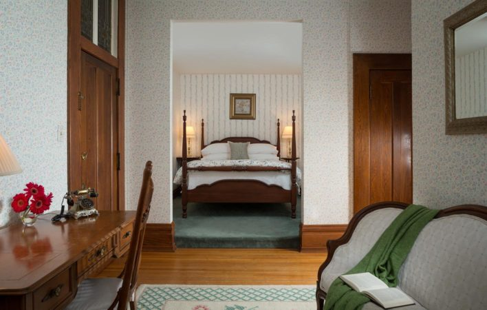 The bedroom in Sitting Room at the Mercersburg Inn