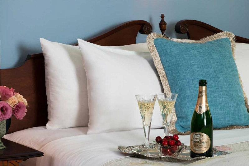 Getting Married in PA | Romantic Guest Rooms at Mercersburg Inn