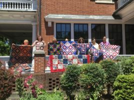 Quilting Weekend members with Frankie Cosby and her students