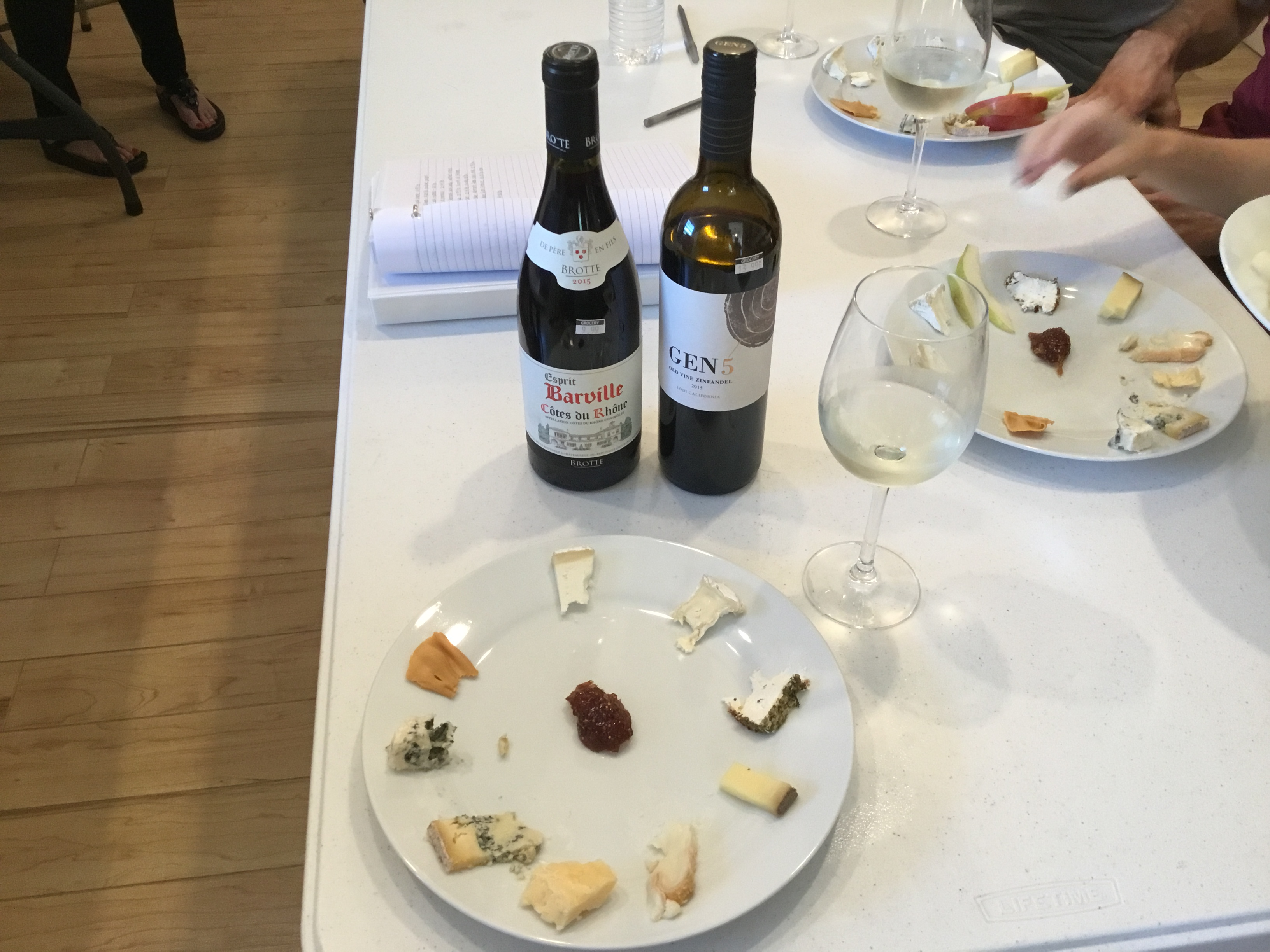Tasting cheese and wine in Cheesemaking class